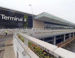 Singapore Airport T4 2